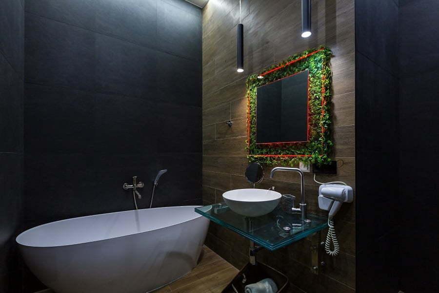 bathroom dark colors